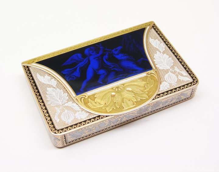 19th century Swiss enamelled gold box in the form of a wallet