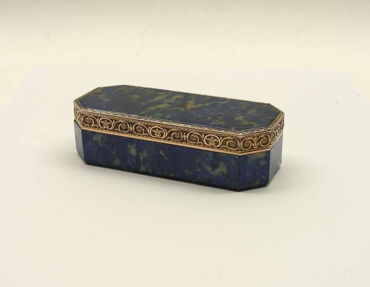 Antique Austrian gold-mounted lapis lazuli snuff box