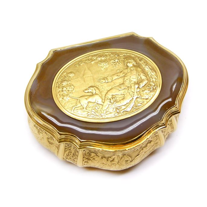 Antique German gold and agate box with hunting scenes | MasterArt