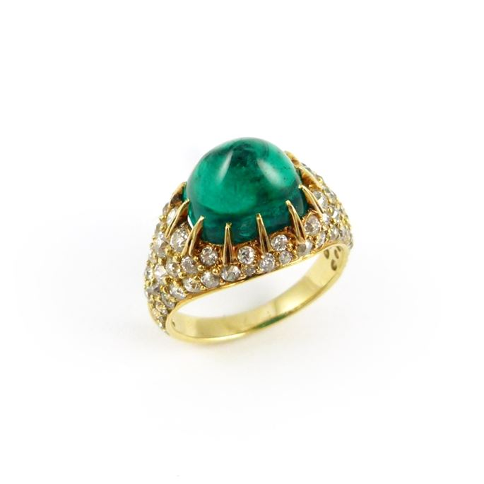 Antique cabochon emerald and diamond cluster ring | MasterArt