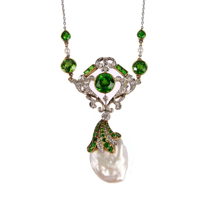 Antique demantoid garnet, diamond and pearl pendant necklace | MasterArt
