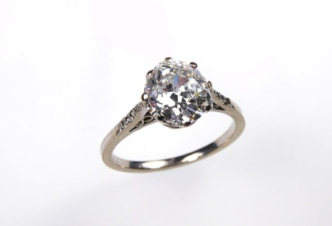 Antique diamond single stone ring, cushion shaped diamond 2.03cts, estimated G SI1 | MasterArt