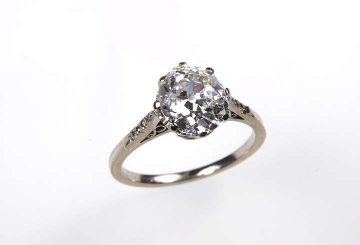 Antique diamond single stone ring, cushion shaped diamond 2.03cts, estimated G SI1