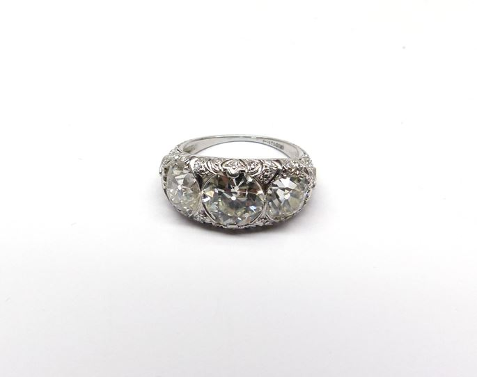 Antique diamond three stone ring | MasterArt