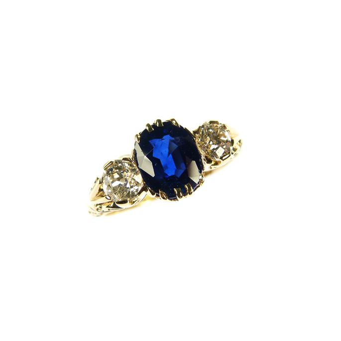 Antique sapphire and diamond three stone ring | MasterArt
