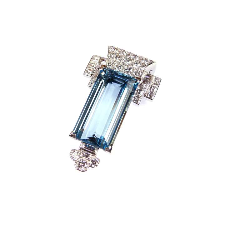 Art Deco aquamarine and diamond cluster clip brooch