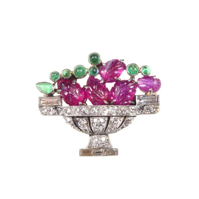 Art Deco carved ruby, emerald and diamond tutti frutti jardiniere brooch | MasterArt