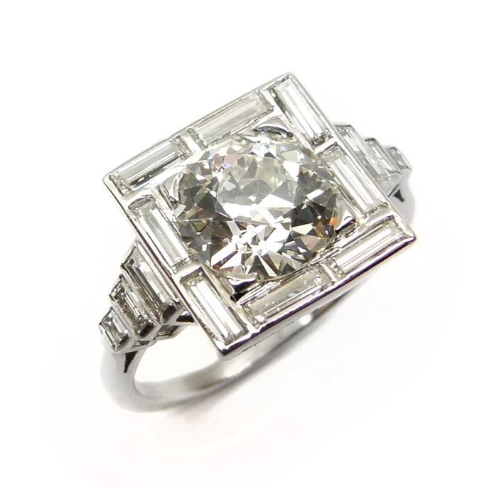 Art Deco cushion diamond and baguette diamond cluster ring | MasterArt
