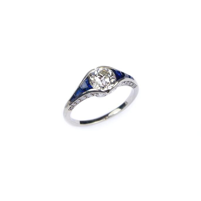 Art Deco diamond and sapphire ring | MasterArt