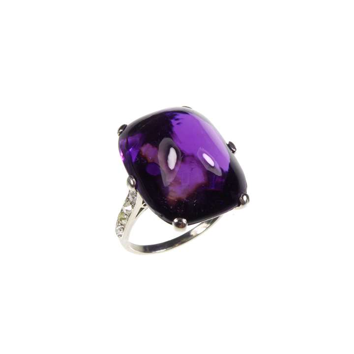 Art Deco sugarloaf amethyst and diamond ring
