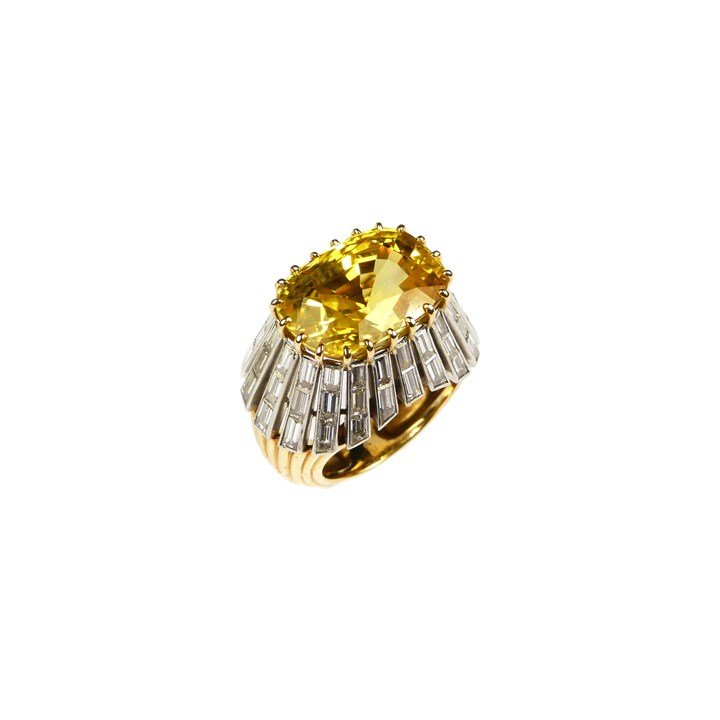 Cushion cut yellow sapphire and diamond cluster ring, the Ceylon sapphire 16.61ct