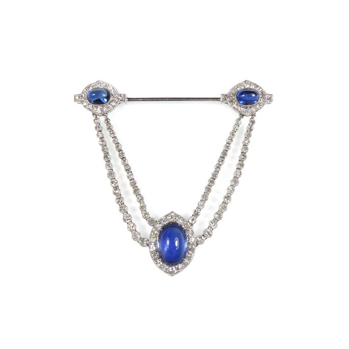 Cartier - Early 20th century cabochon sapphire and diamond cluster swag jabot pendant brooch | MasterArt