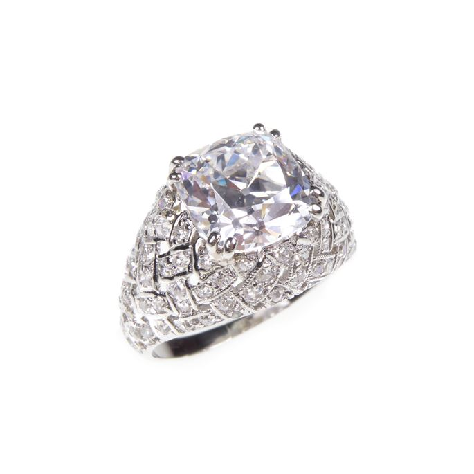 Square cushion cut diamond bombe ring, claw set with a 2.69ct, D VVS2 | MasterArt