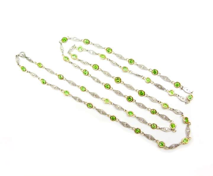 Demantoid garnet and diamond spectacle set chain necklace