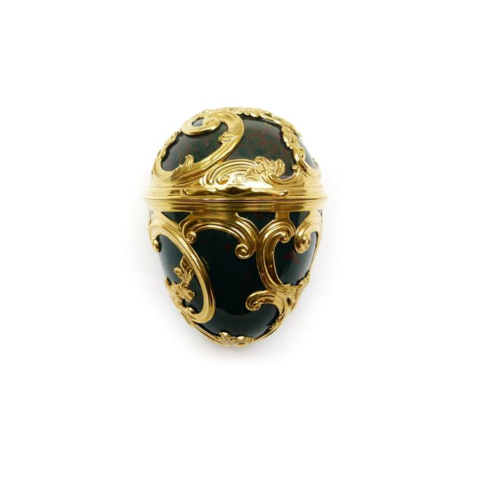 George II gold and bloodstone cagework egg shaped box | MasterArt