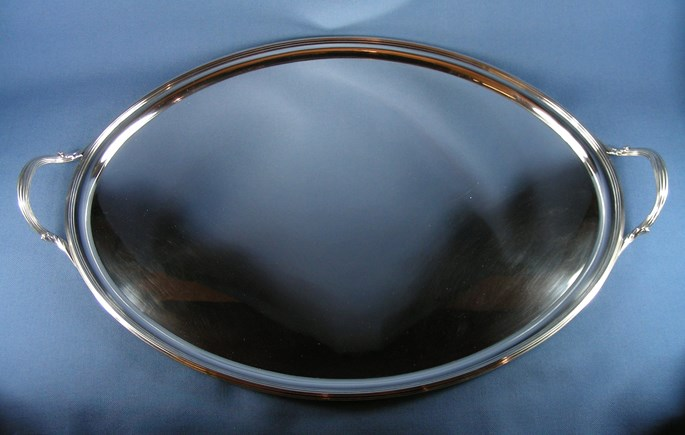 William Bennett - George III silver oval two handled tray | MasterArt