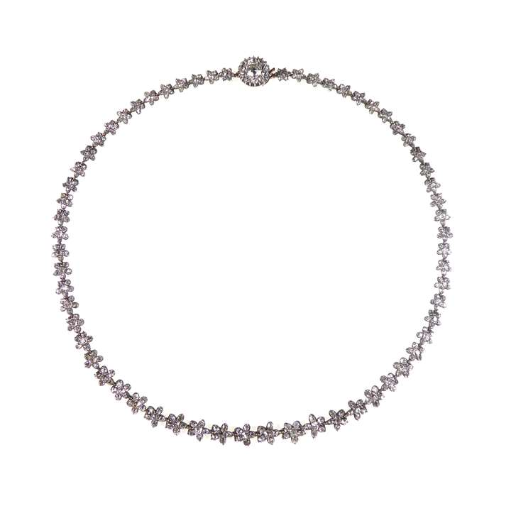 Diamond flowerhead cluster necklace