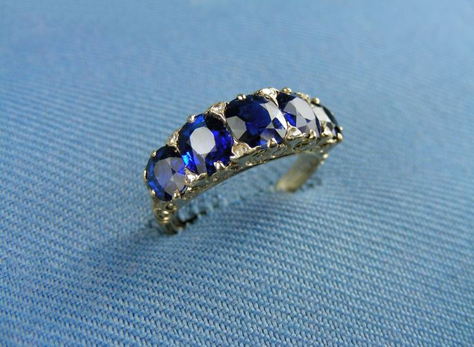 Late 19th century five stone sapphire and gold ring | MasterArt