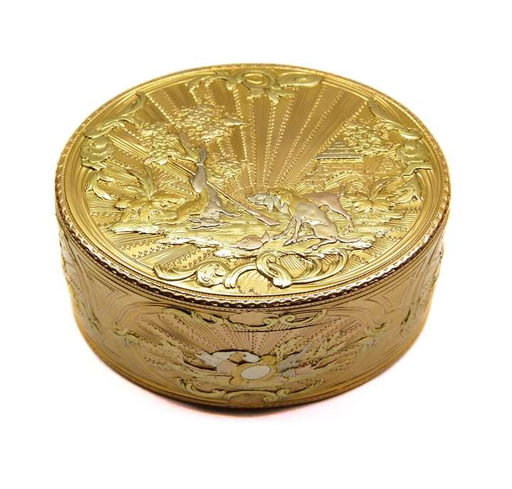 Louis XV coloured gold oval box attributed to Henry Daniel Robineau