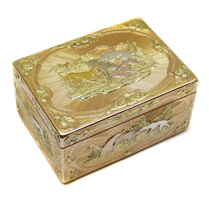 Louis XV coloured gold rectangular box by Nicolas Delions