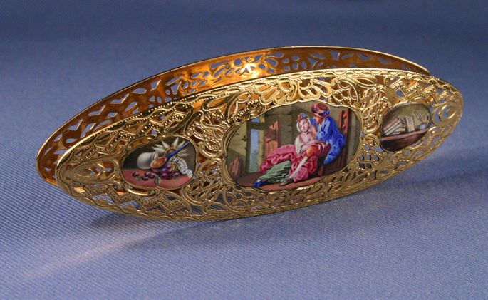 Louis XV gold and enamel shuttle | MasterArt