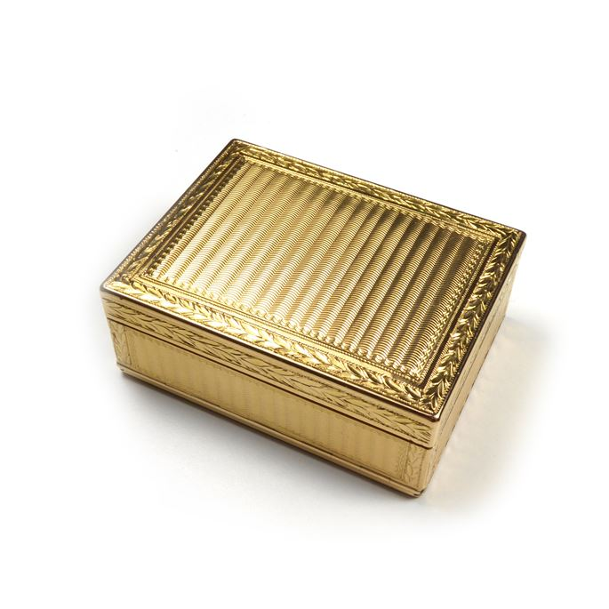 Louis XV gold rectangular boite-à-mouches by Antoine Nicolas Cousinet] | MasterArt