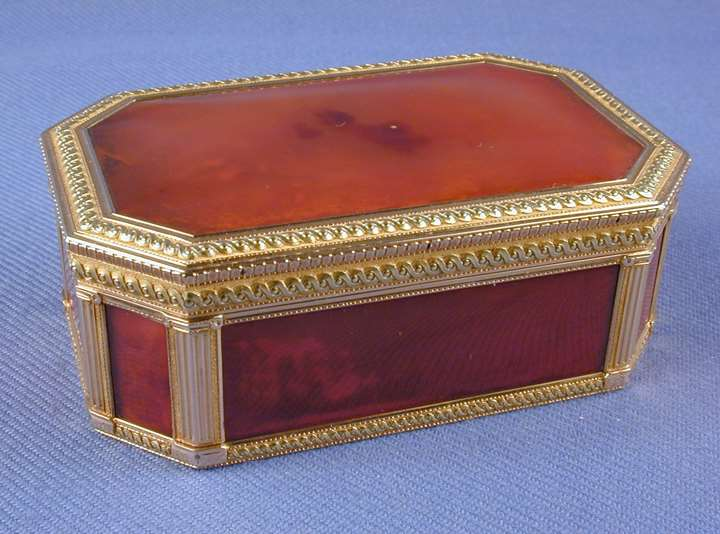Louis XVI rectangular cut-corner rectangular gold mounted boite a cage