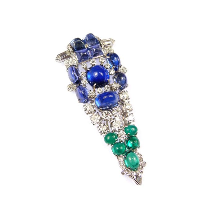 Magnificent sugarloaf sapphire, emerald and diamond arrowhead cluster clip brooch-pendant | MasterArt
