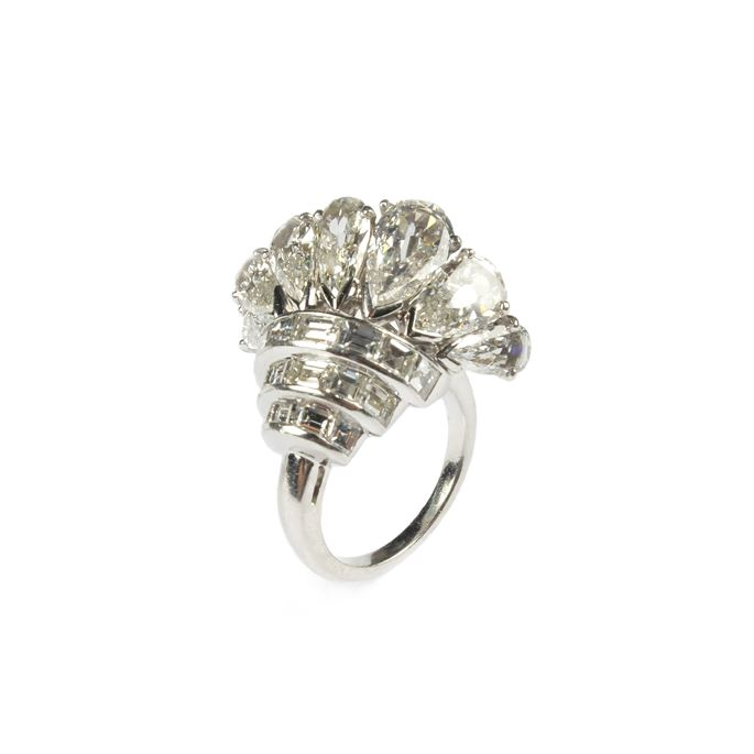 Mid-20th century pear diamond fan cluster ring | MasterArt