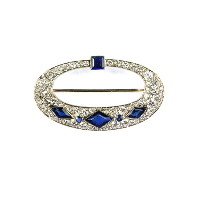 Cartier - Openwork oval diamond and sapphire brooch | MasterArt