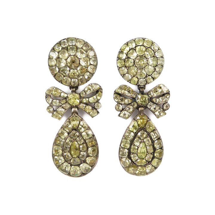 Pair of 18th century chrysolite drop cluster pendant earrings