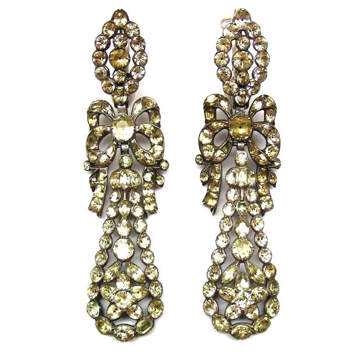 Pair of 18th century chrysolite pendant earrings