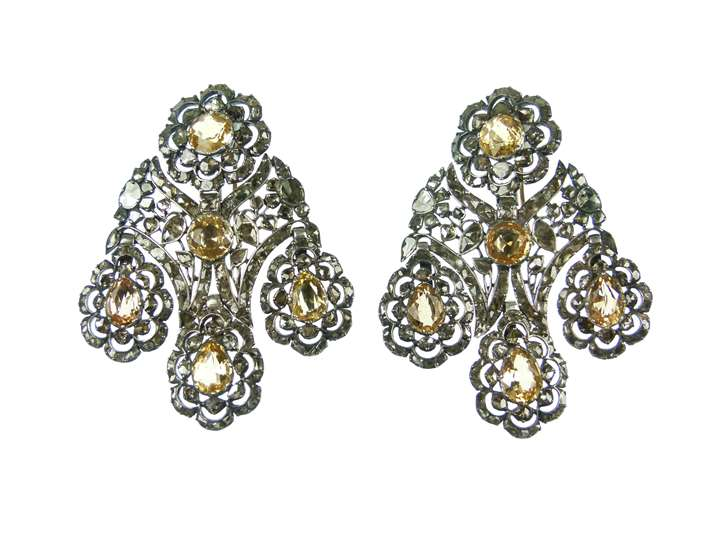 Pair of 18th century yellow topaz and diamond girandole pendant earrings