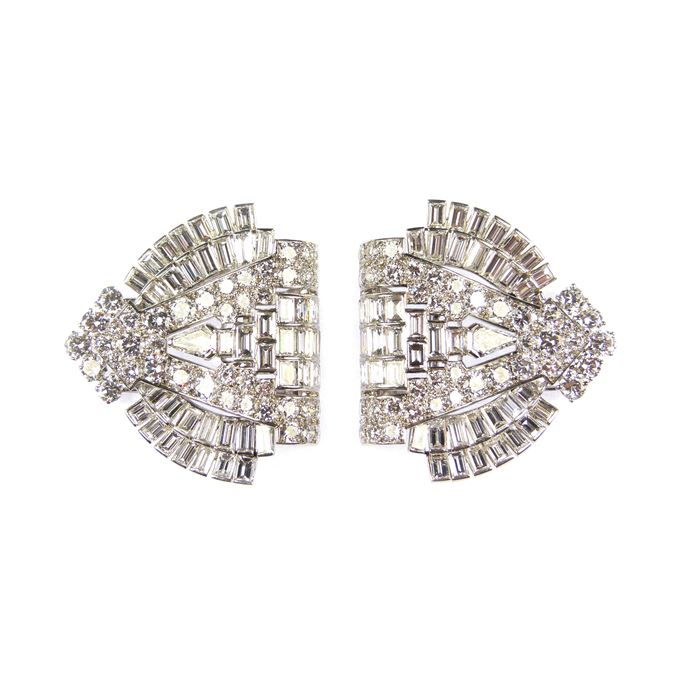 Cartier - Pair of Art Deco diamond arch clip brooches | MasterArt