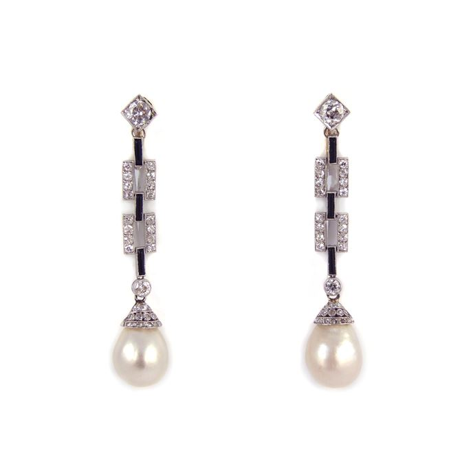 Pair of Art Deco drop pearl, diamond and onyx pendant earrings | MasterArt