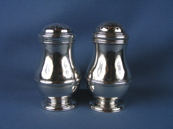 William Fleming - Pair of George I silver salt and pepper | MasterArt