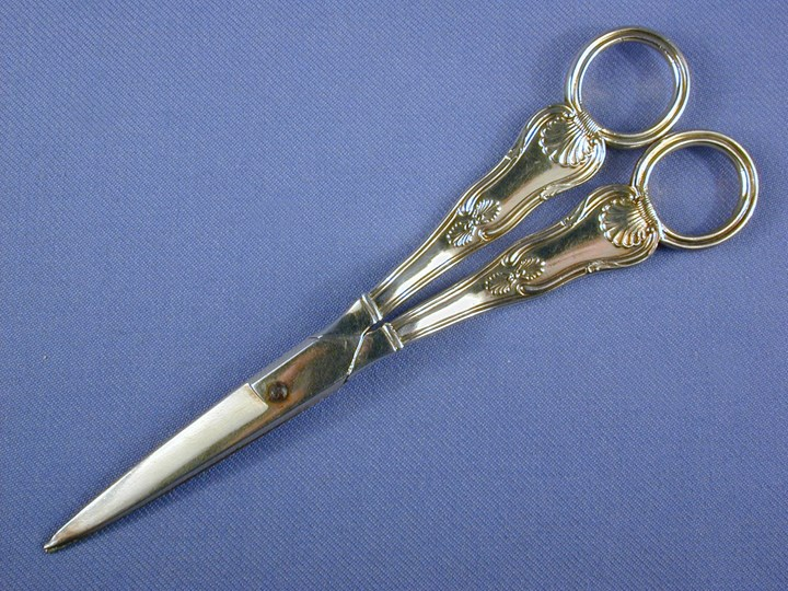 Pair of George III silver gilt grape scissors