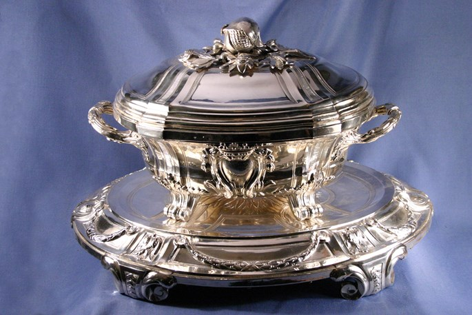 Huguet   - Pair of Louis XVI plated soup tureens, covers and stands | MasterArt