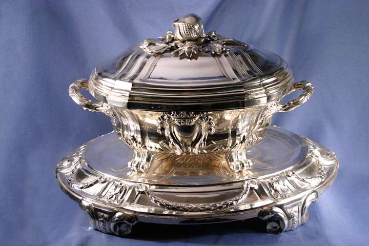 Pair of Louis XVI plated soup tureens, covers and stands