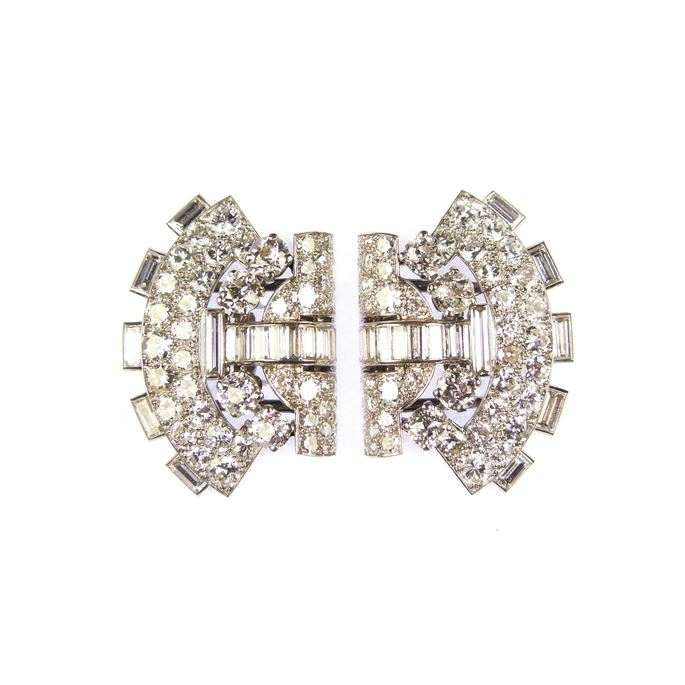 Cartier - Pair of diamond arch shaped clip brooches forming a double clip brooch of bow-tie shape | MasterArt