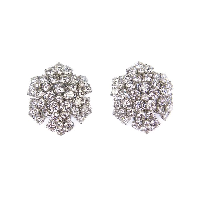 Pair of diamond snowflake cluster earrings | MasterArt