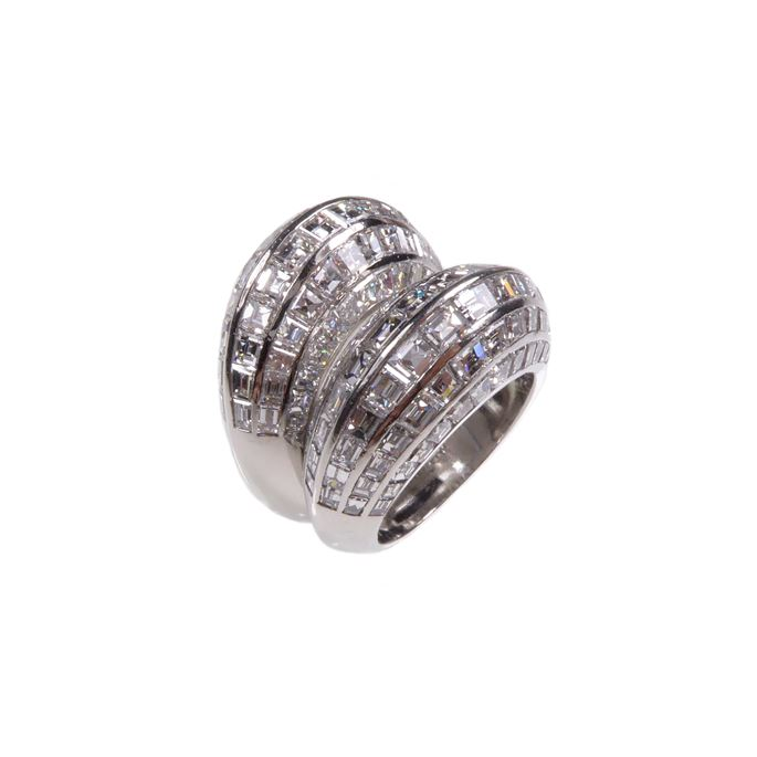 Van Cleef & Arpels - Pair of  diamond and platinum bombe rings by Van Cleef and Arpels | MasterArt