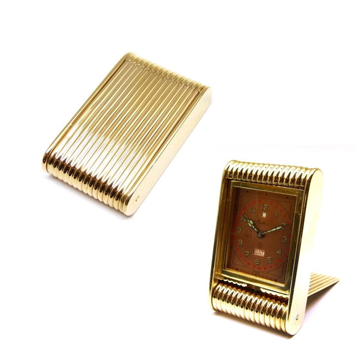 Rectangular ribbed gold travel clock