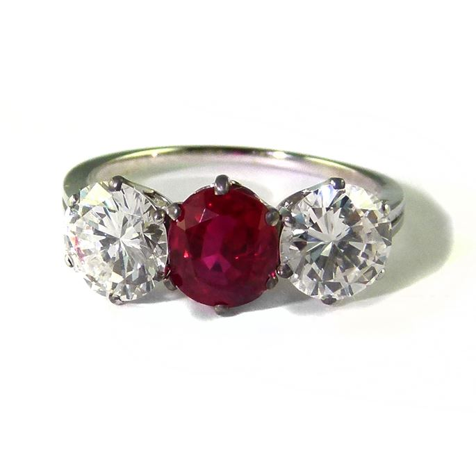 Ruby and diamond three stone ring | MasterArt