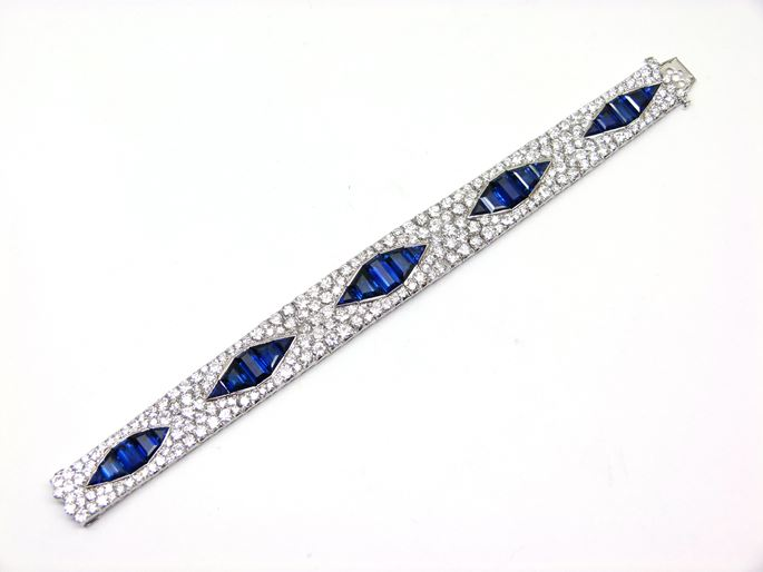 Sapphire and diamond articulated strap bracelet | MasterArt