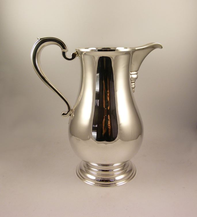 Silver baluster shaped jug | MasterArt