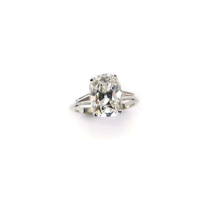 Single stone cushion cut diamond ring, 4.12ct F VS1