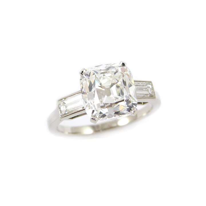 Single stone cushion cut diamond ring, the 3.06ct, G VS2 diamond claw set