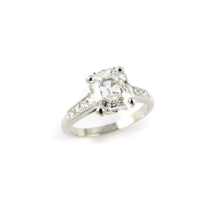 Single stone elongated-octagonal diamond ring, the step cut diamond 1.87ct D IF