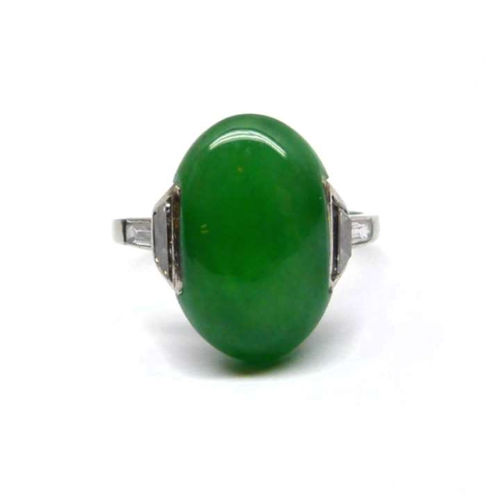 Single stone jadeite and diamond ring